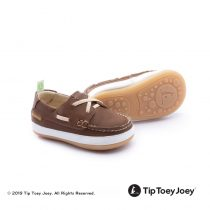 1593356050boaty_3432_old_brown_white
